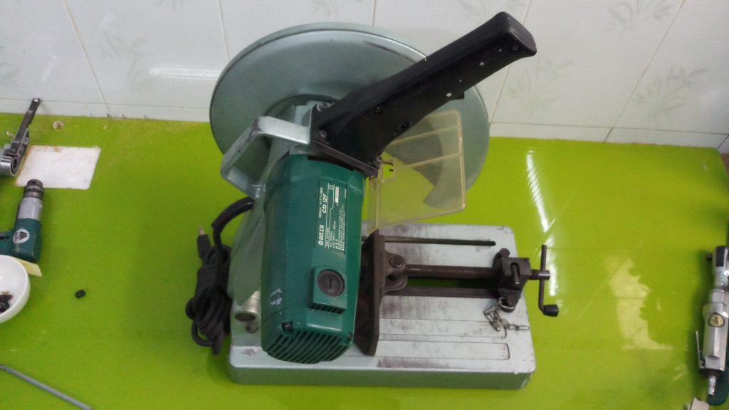 Máy cắt sắt tua chậm Hitachi CD12F